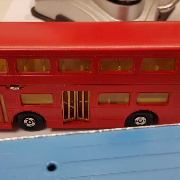 MatchBox Super Kings K-15 LONDON BUS