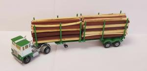 MatchBox Super Kings K-17 SCAMMELL Timber Transport