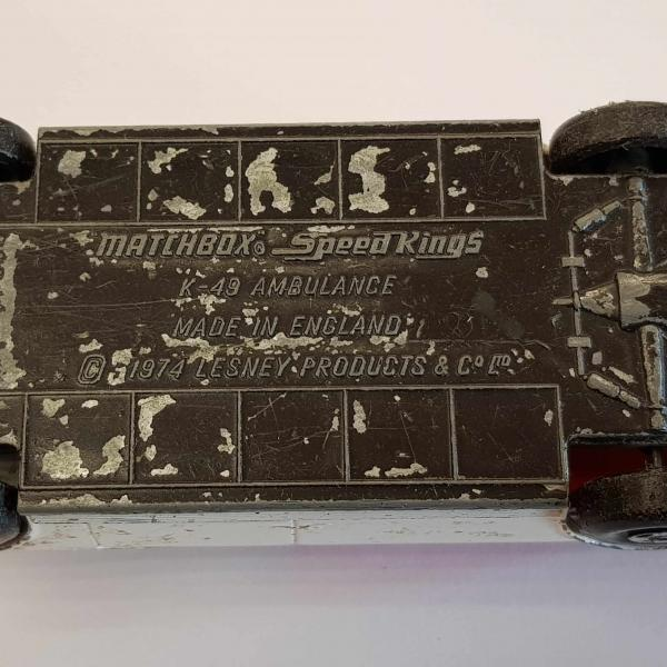 MatchBox Speed Kings K-49 AMBULANCE